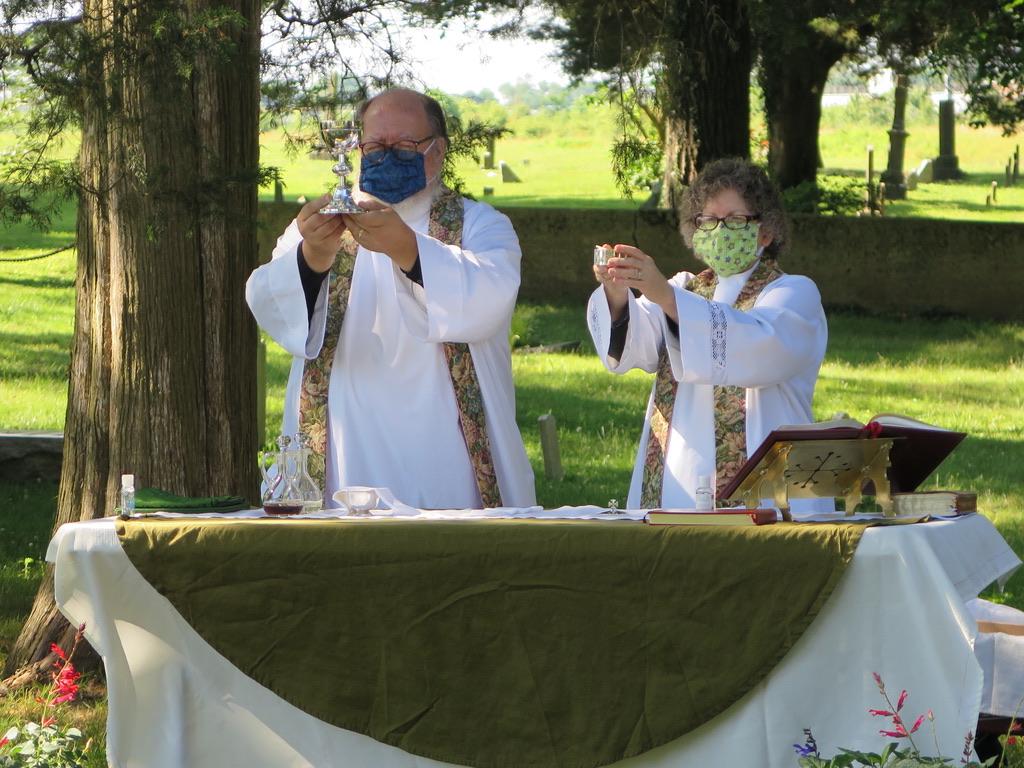 Frank& Gretchen communion