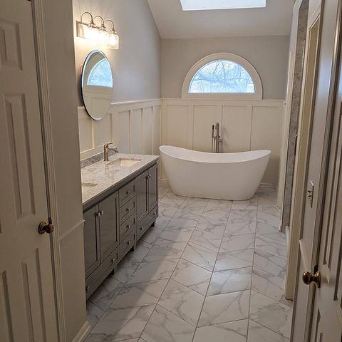 Beemer Master Bath.jpg