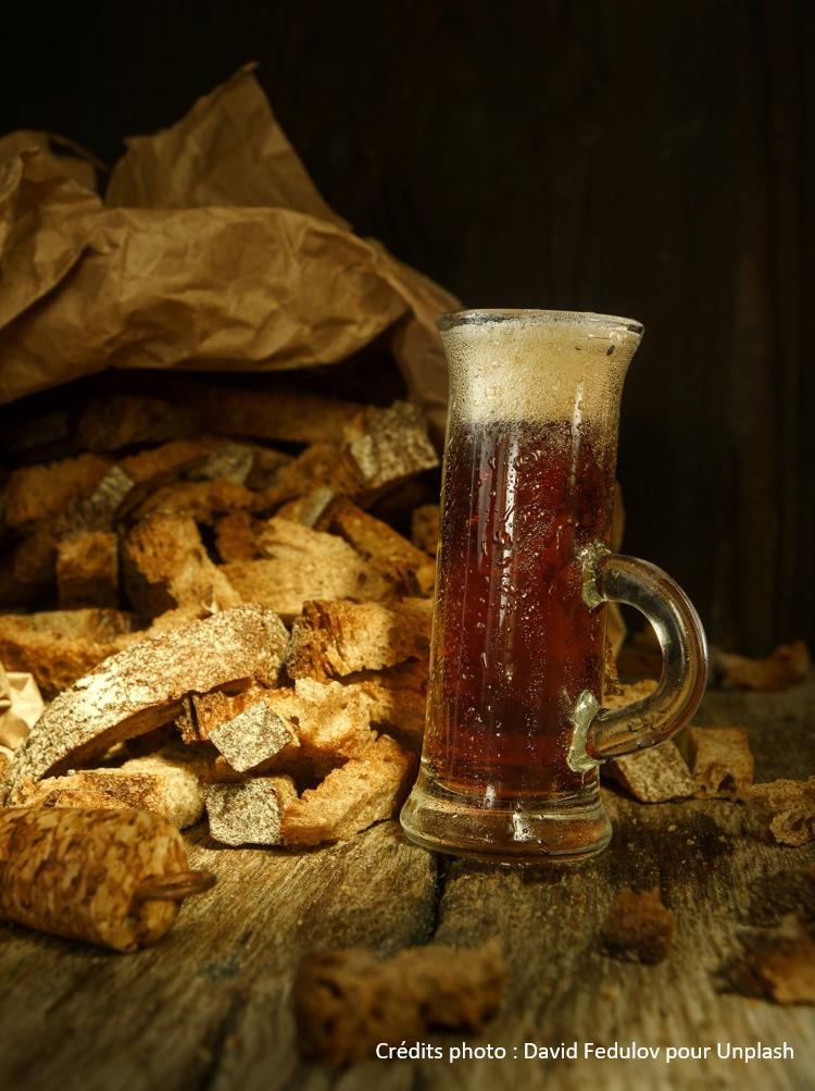 Bière contre le gaspillage alimentaire à base de pain rassis innovation zéro-déchet recyclage