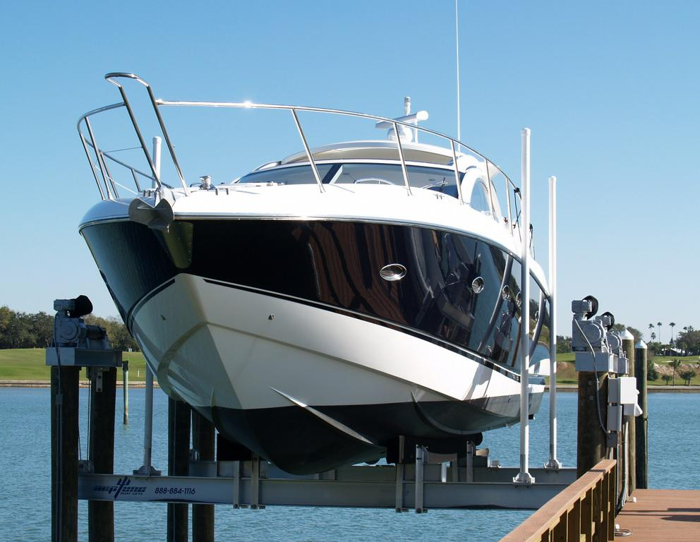 60,000 lb. Yacht Lift23_full