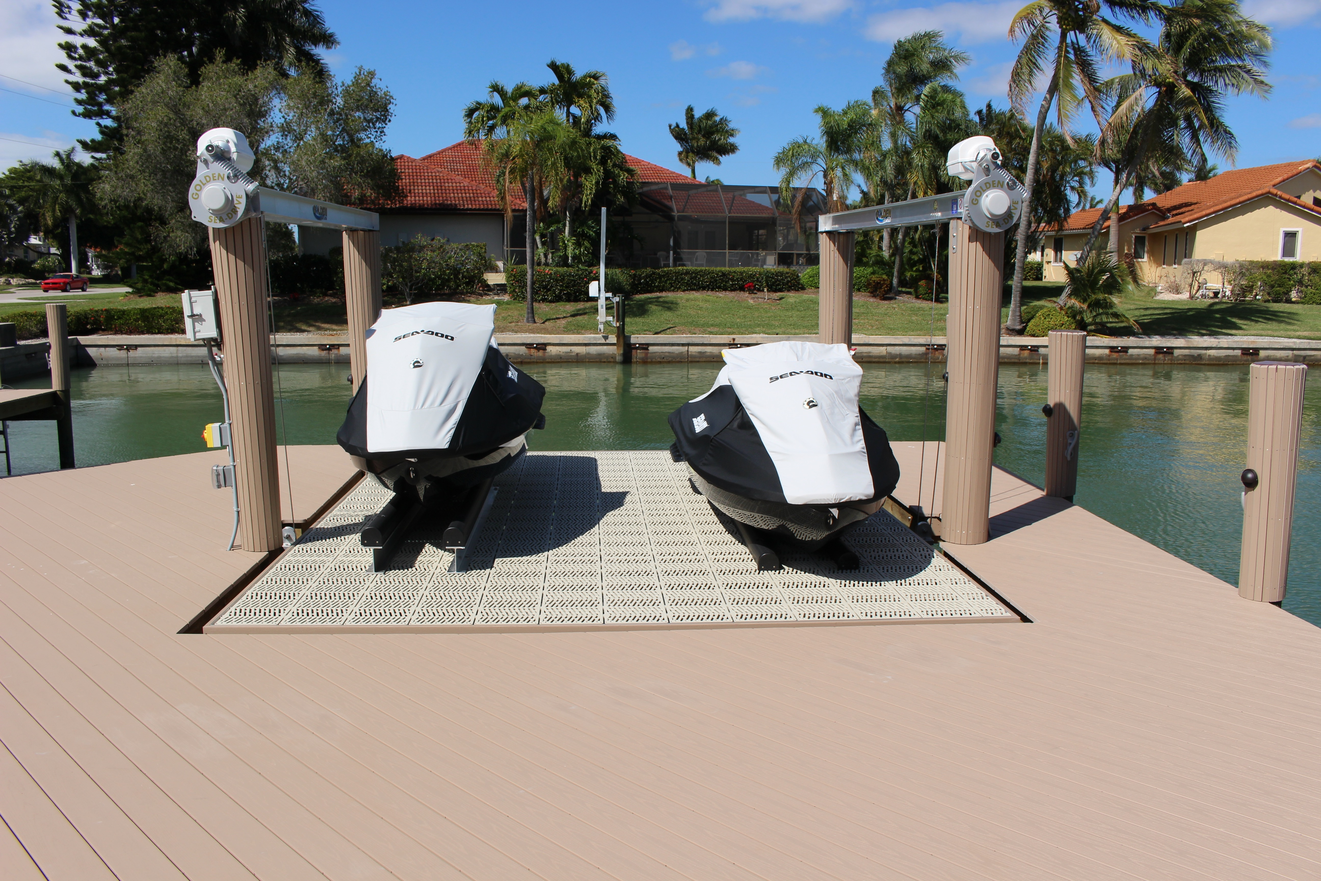 marco island jet ski lift platform