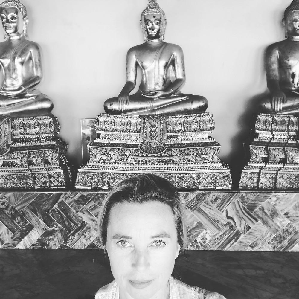 buddha watching me in wat po bangkok