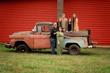 Dillard Family Portraits 392 resized for