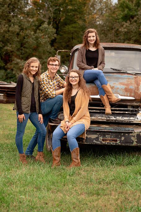 Dillard Family Portraits 437 resized for