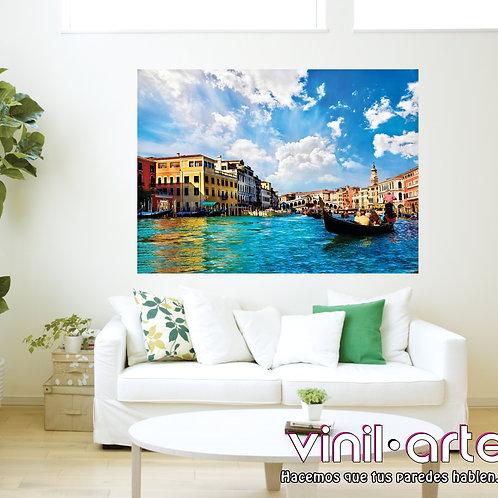C012 - Gondola