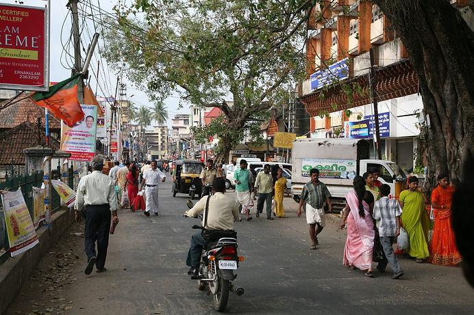 Thiruvananthapuram_street_20080220-6.jpg