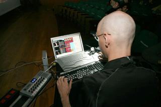 conclaptop_04-08-2008.png