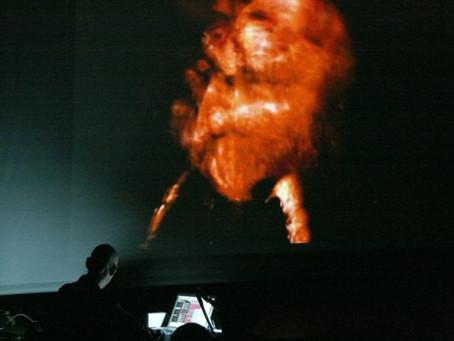 """""""Concerto para Laptop"""" por Patricia Moran, 2021."""
