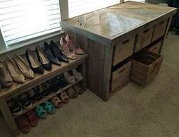 RUSTIC CREATIONS 6 DRAWYER RECLAIMED AND BARN WOOD CHEST AND SHOE RACK
