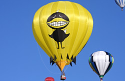 Big Black Bird Balloon 2007