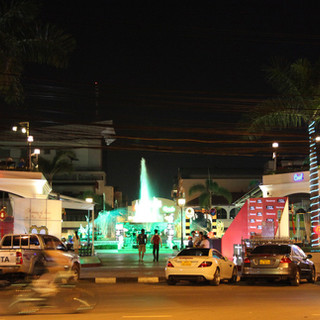 Nam-Phou-Square-Vientiane-3-Deco-Moda-St