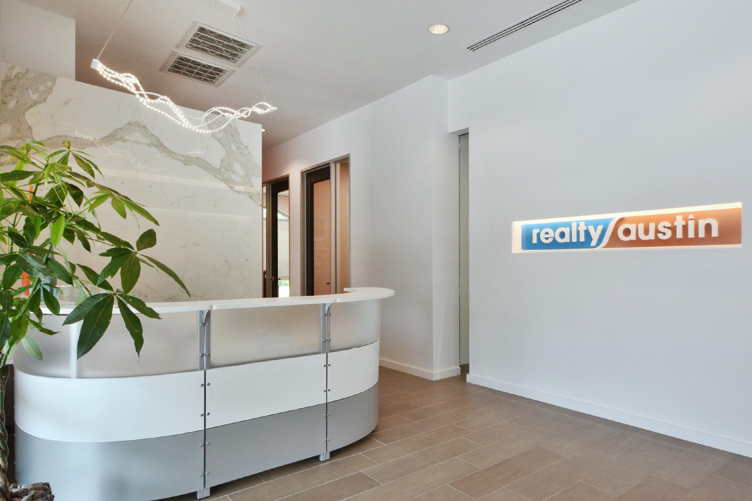 realty-austin-reception