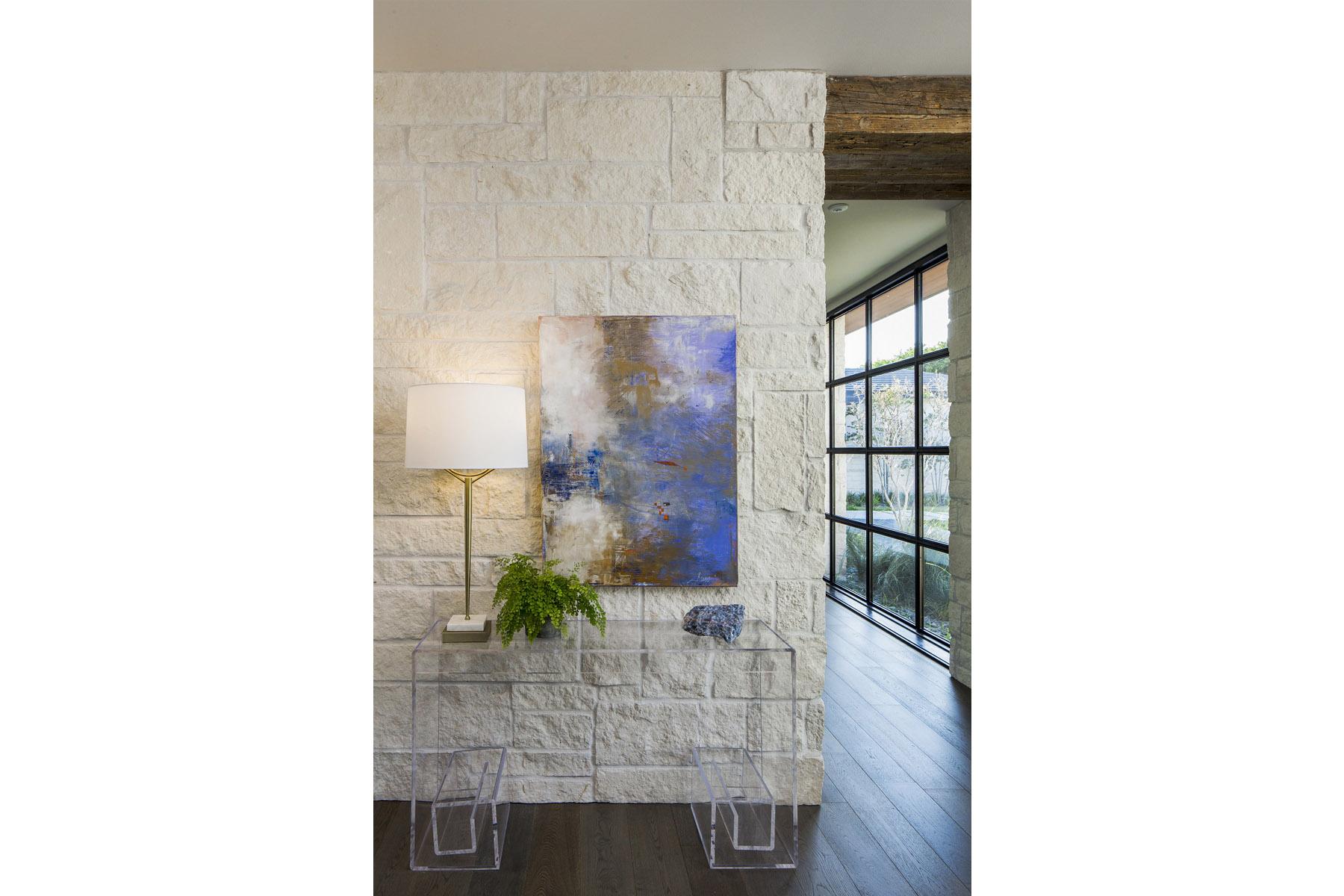 Coffee Residence - hallway painting
