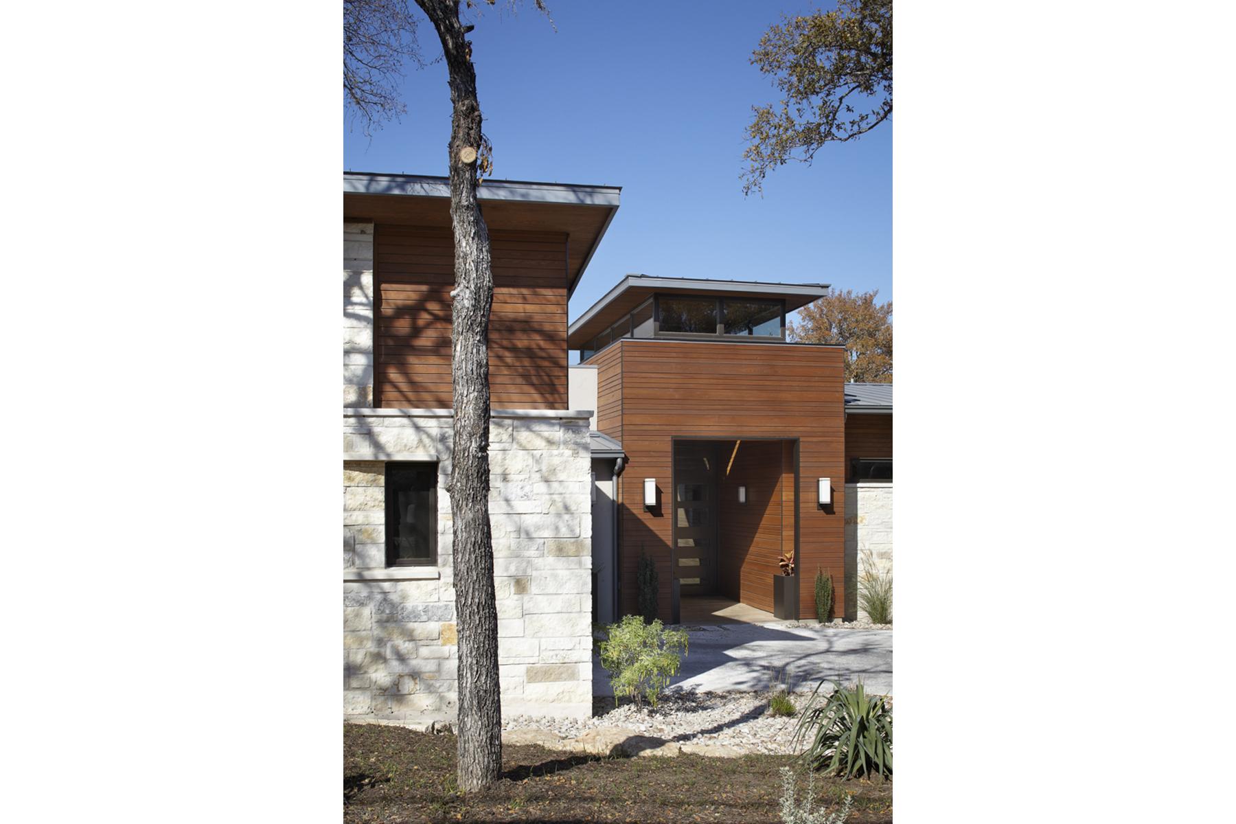 ridgewood-2-front-entrance