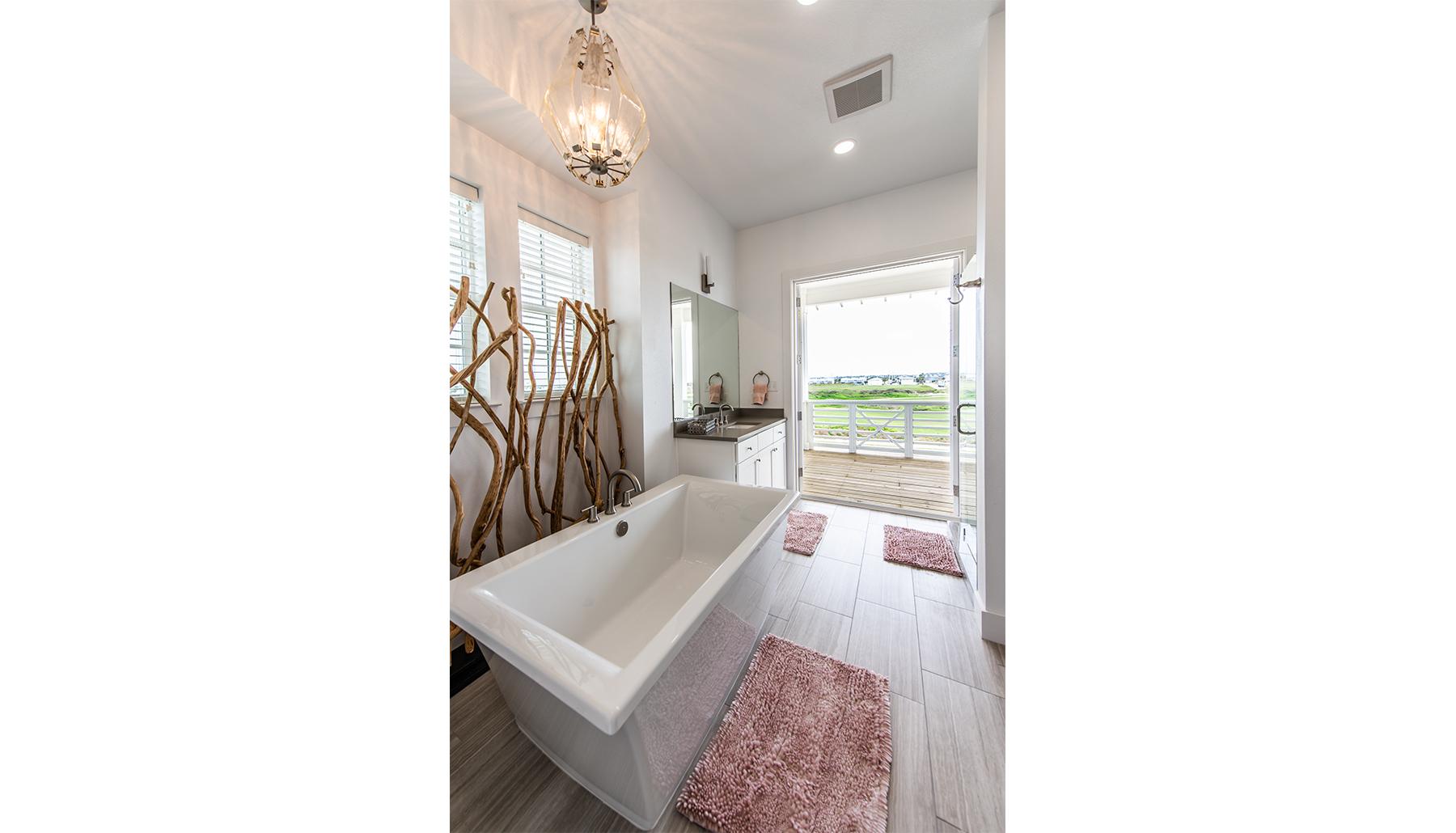 Palmilla Master Bath Porch