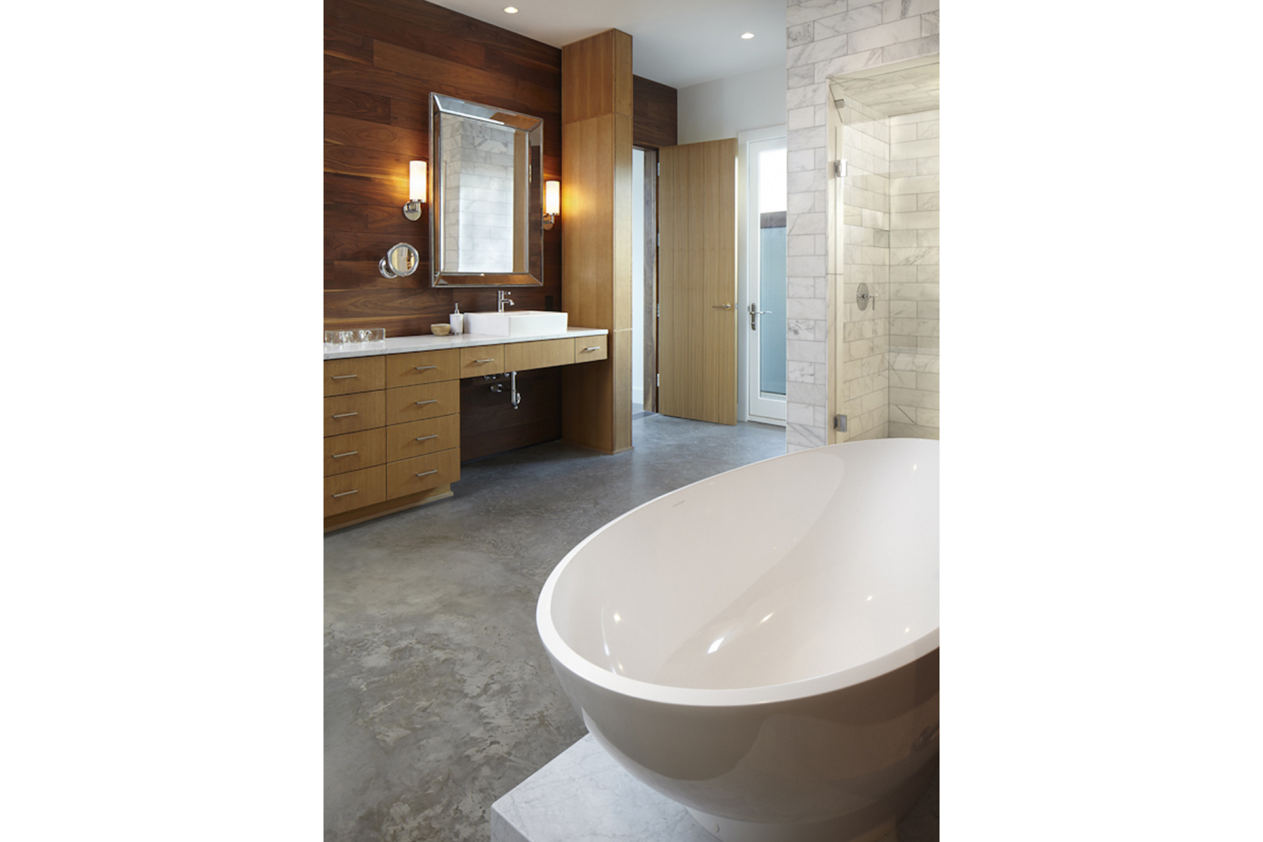 hill-country-residence-master-bath