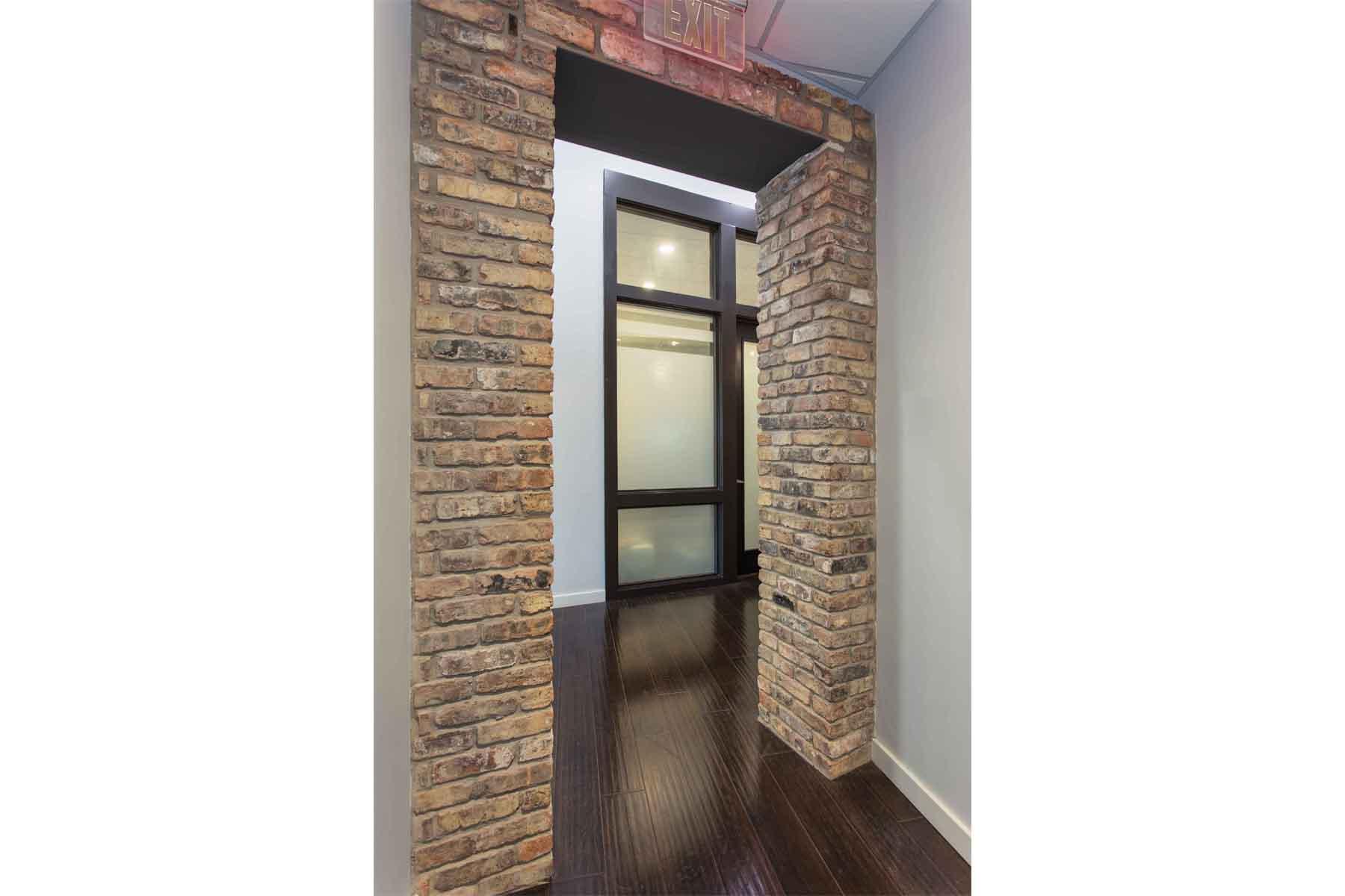 moody-orthodontics-hallway-details