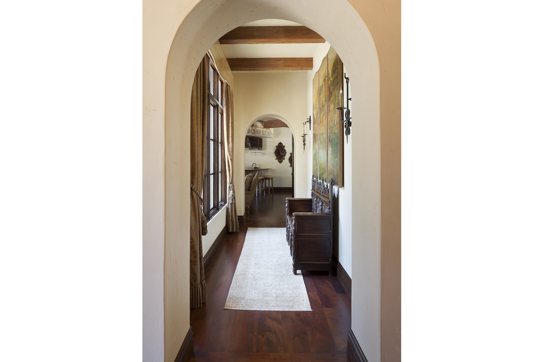 La Corte di Petra Hallway 2
