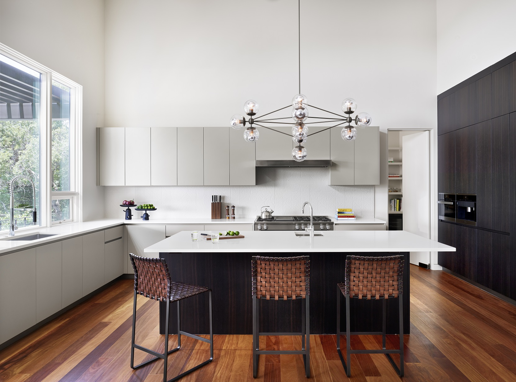 Rollingwood residence - kitchen