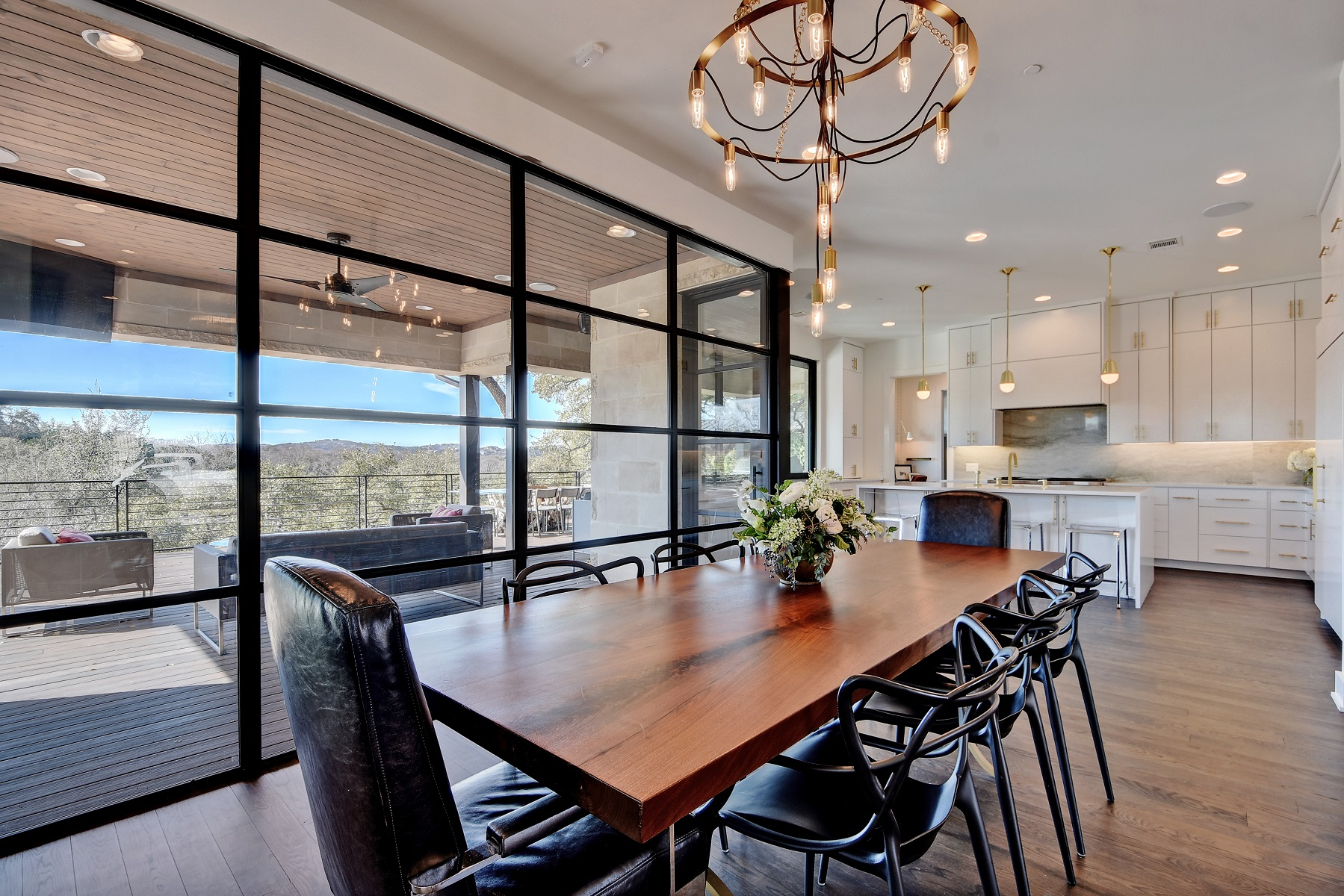 maria-anna-dining-table