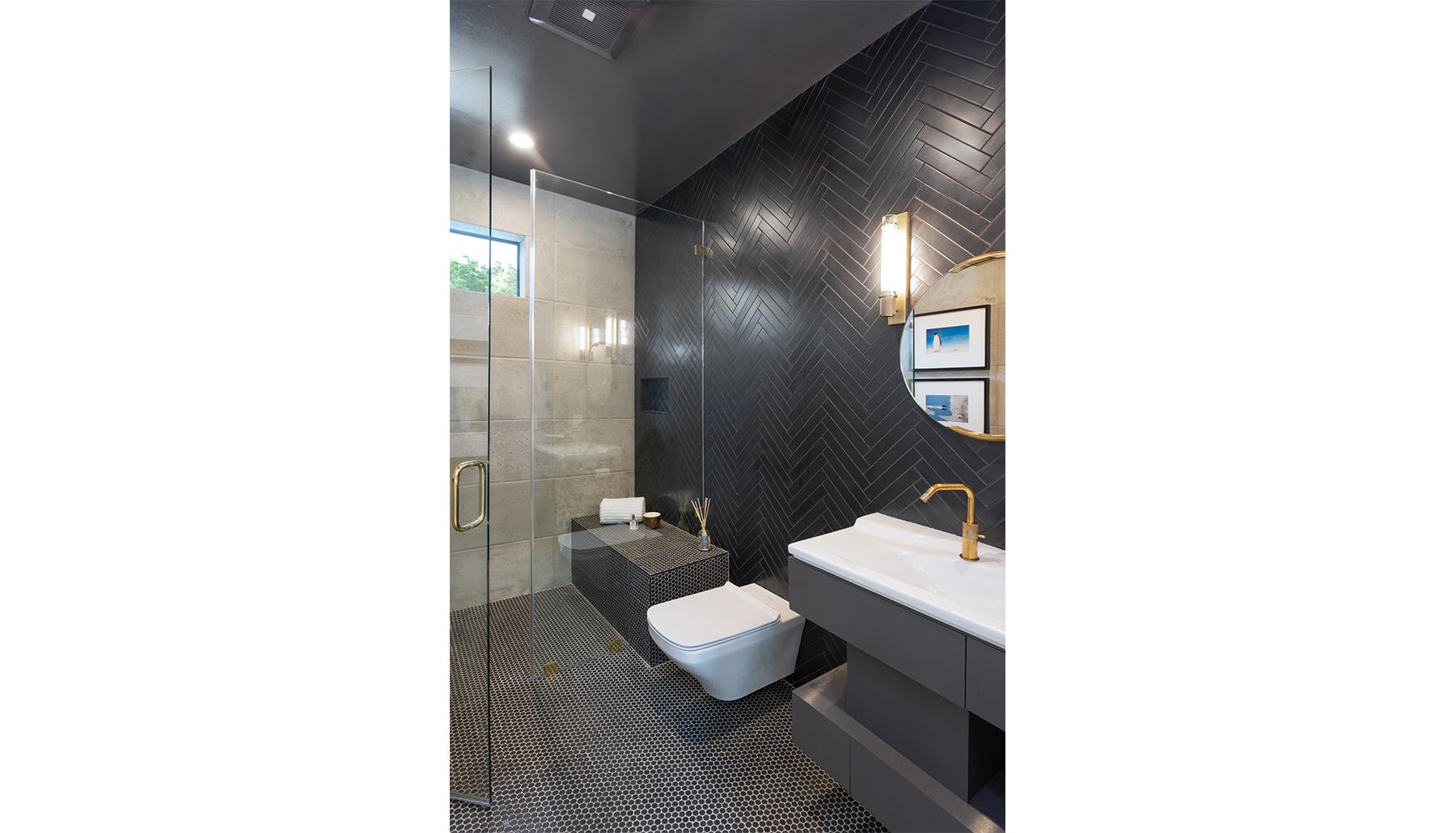 Madrones Bath