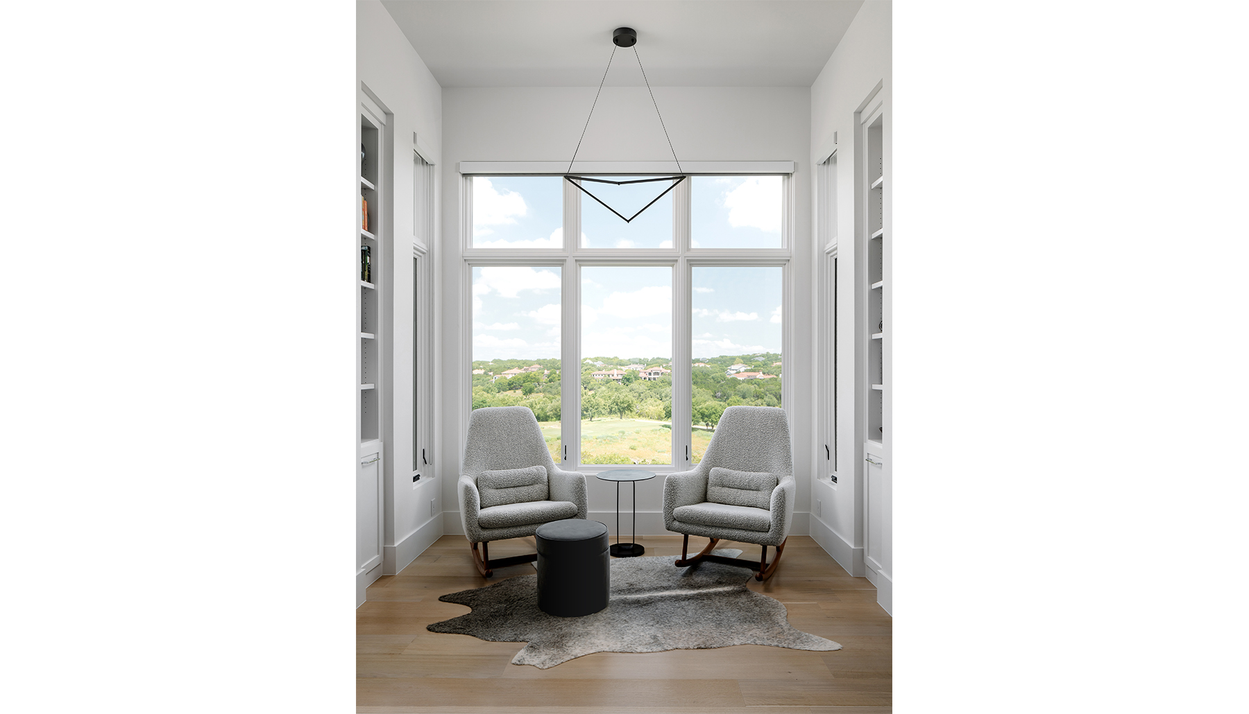 Amarra Residence Sitting