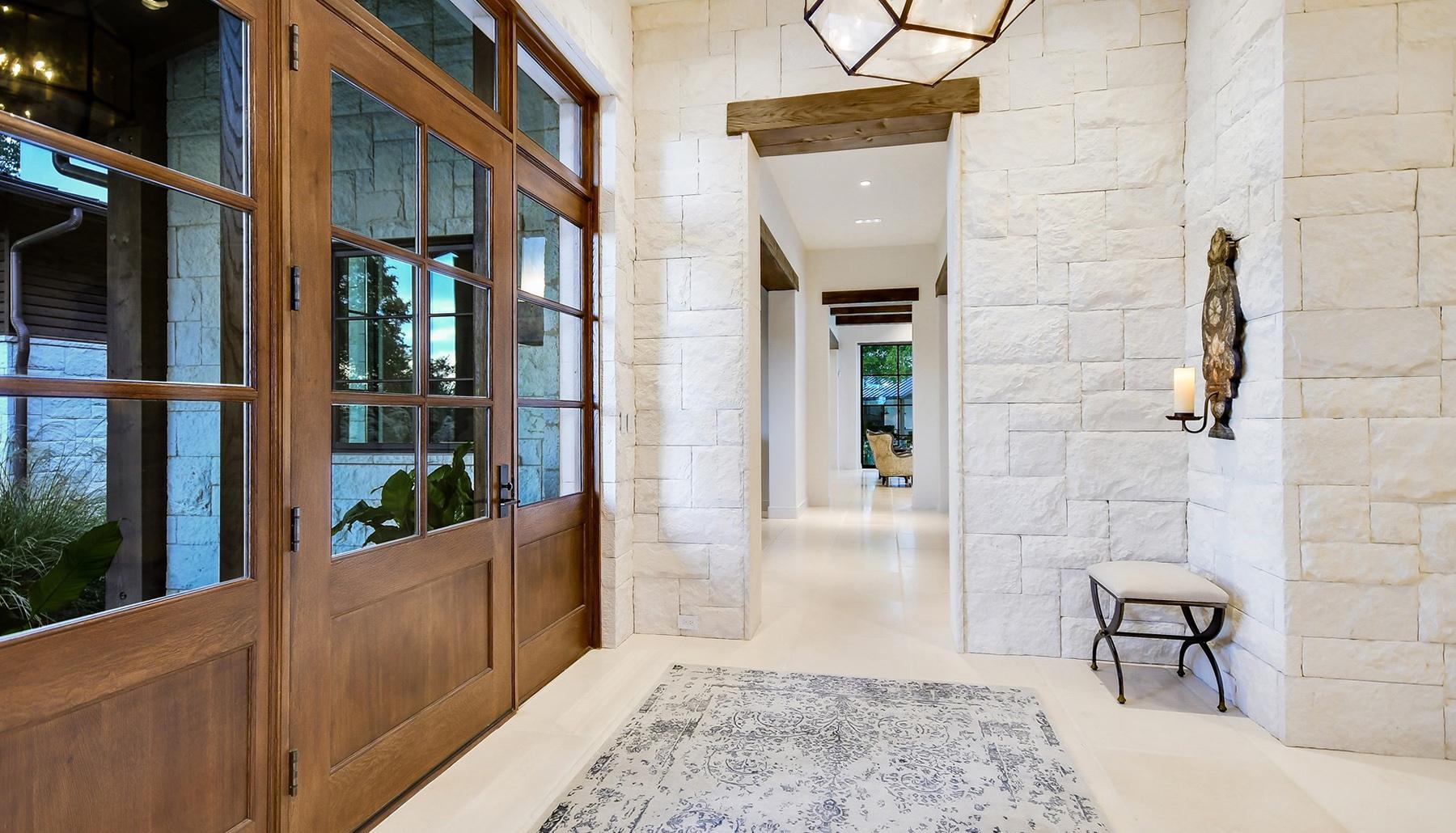 Belle Hill Foyer