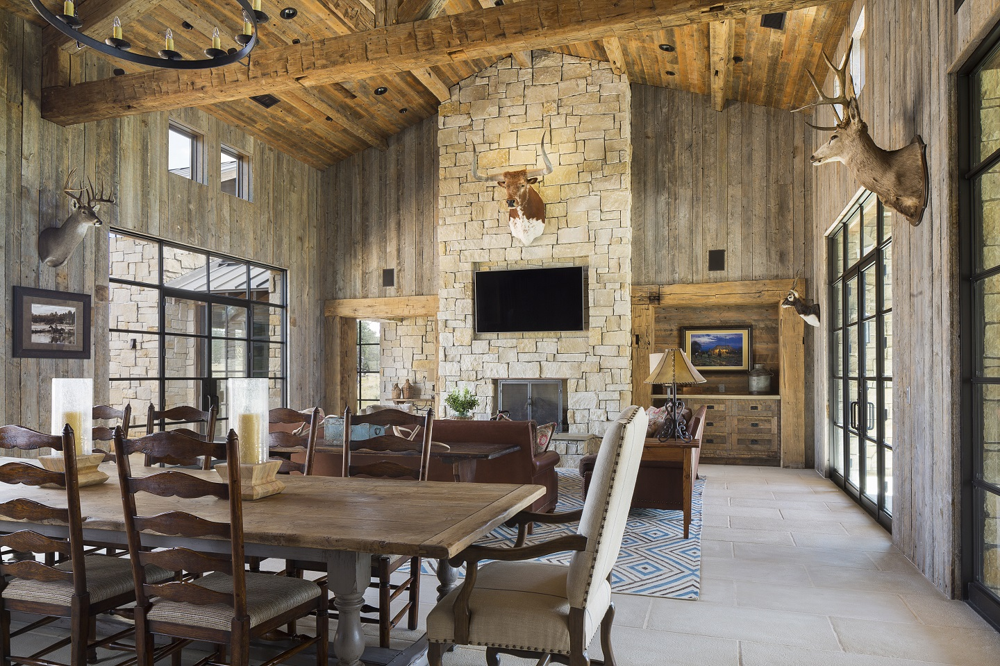 Llano Ranch-30-dining-area