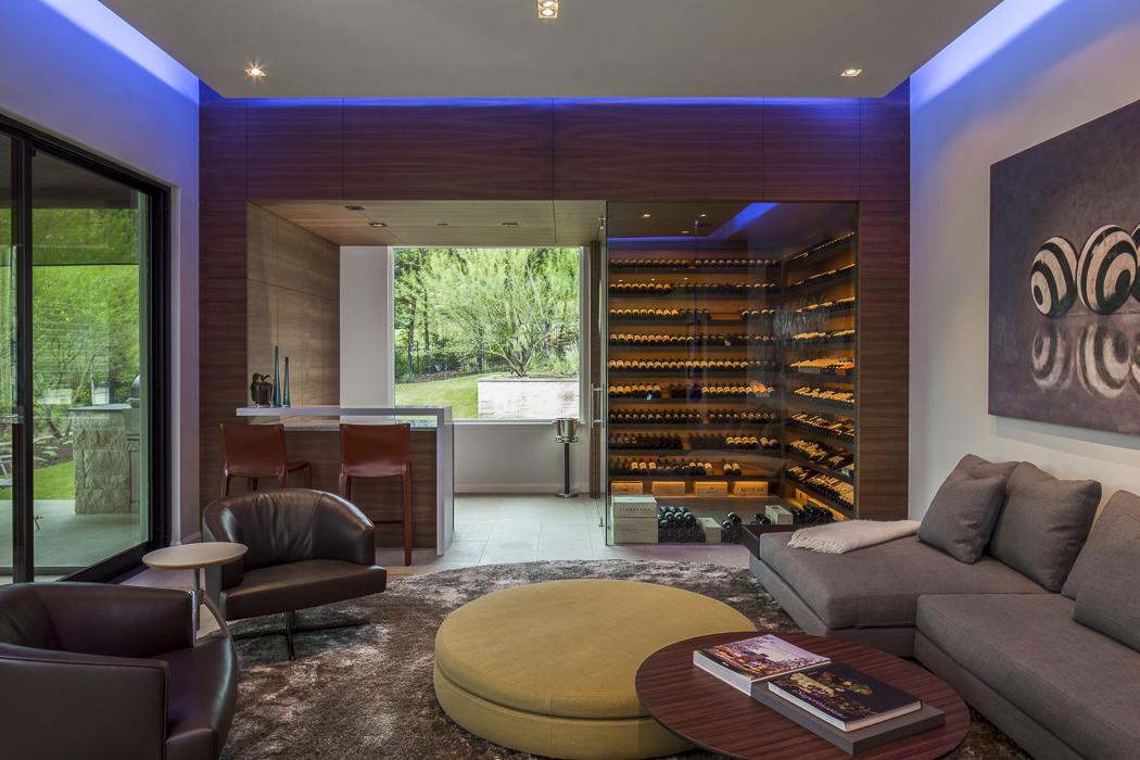 StStephens-living-room-details