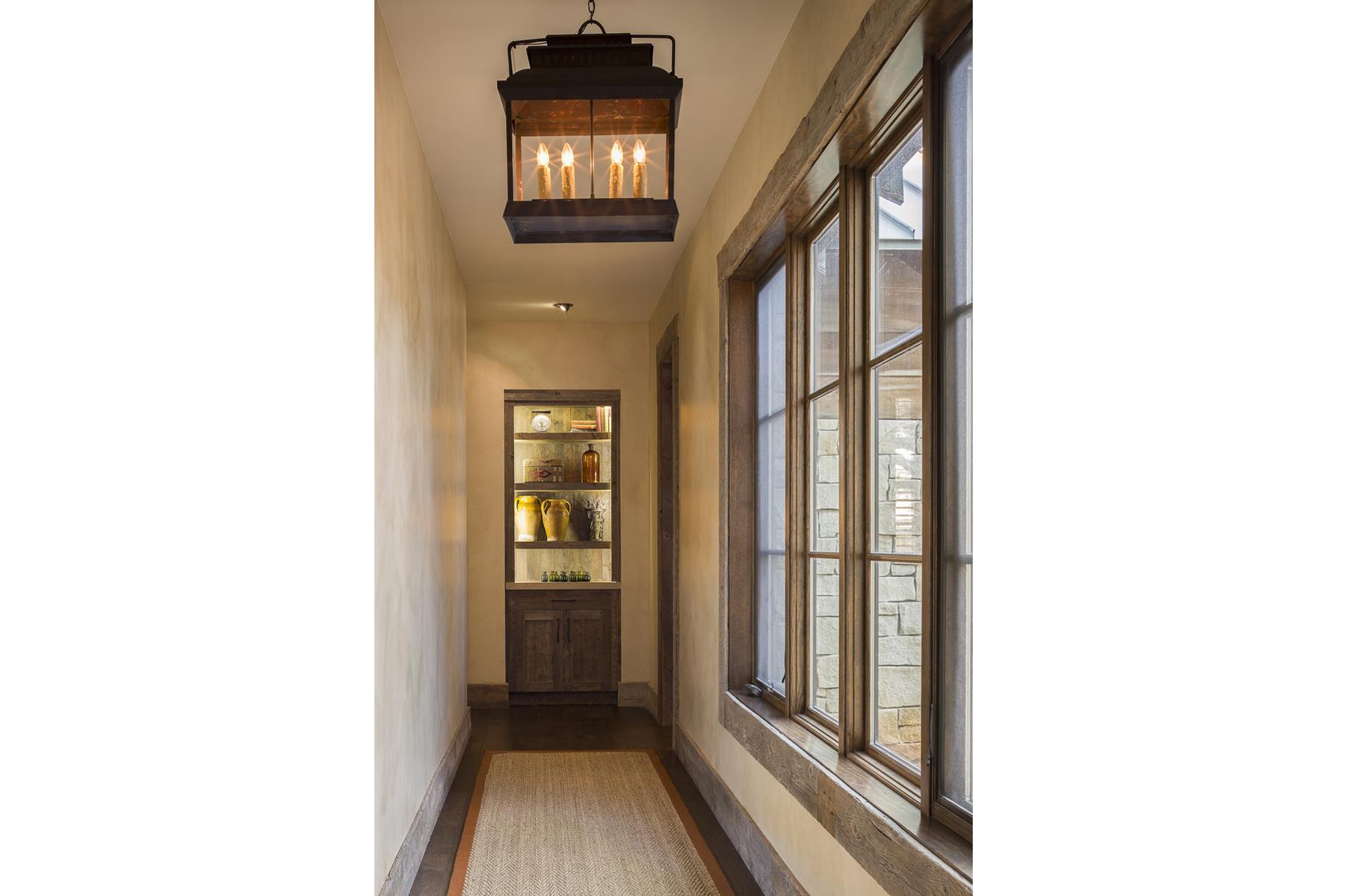 Llano Ranch-16-hallway