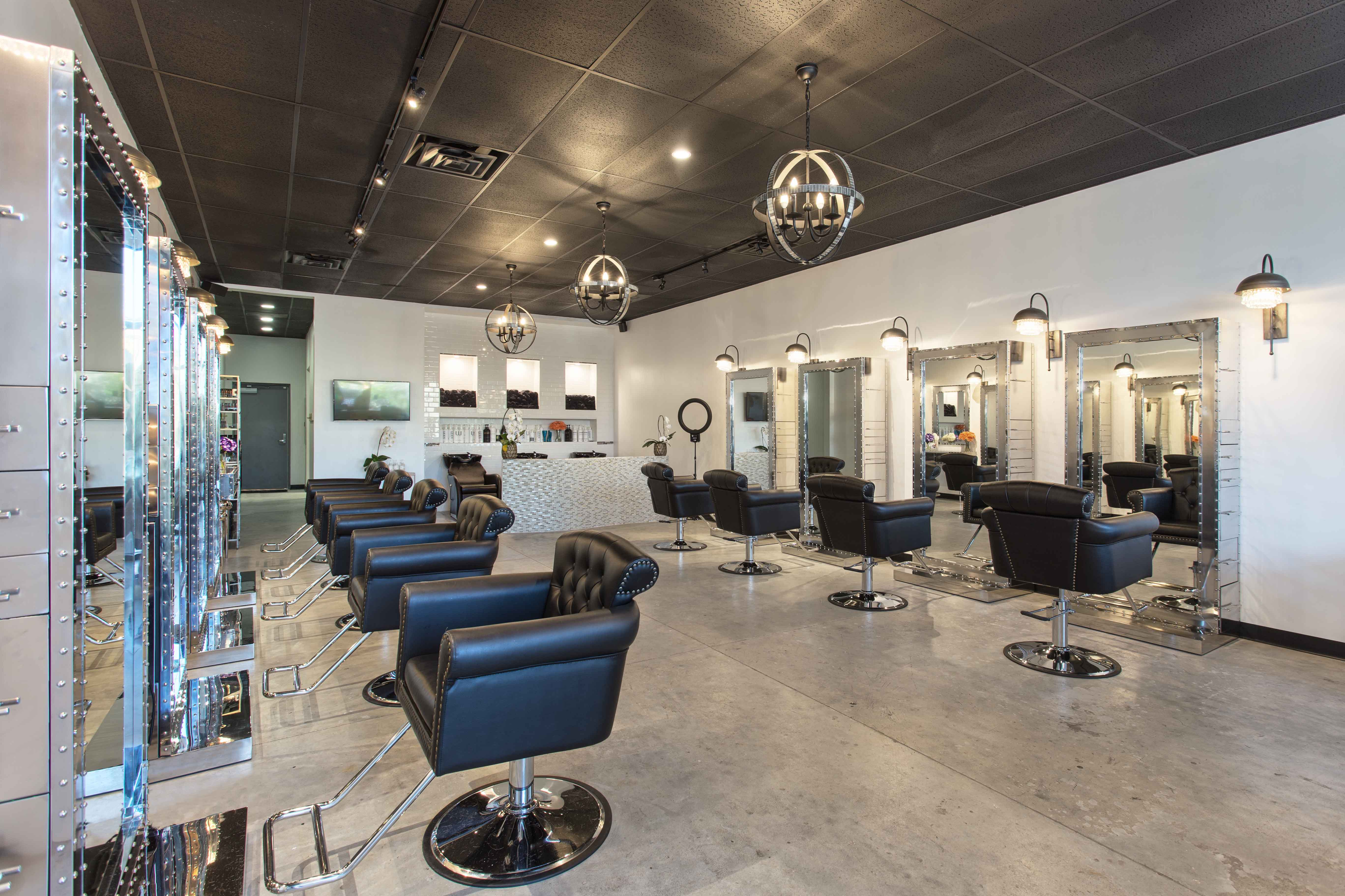 level-12-salon-work-spaces