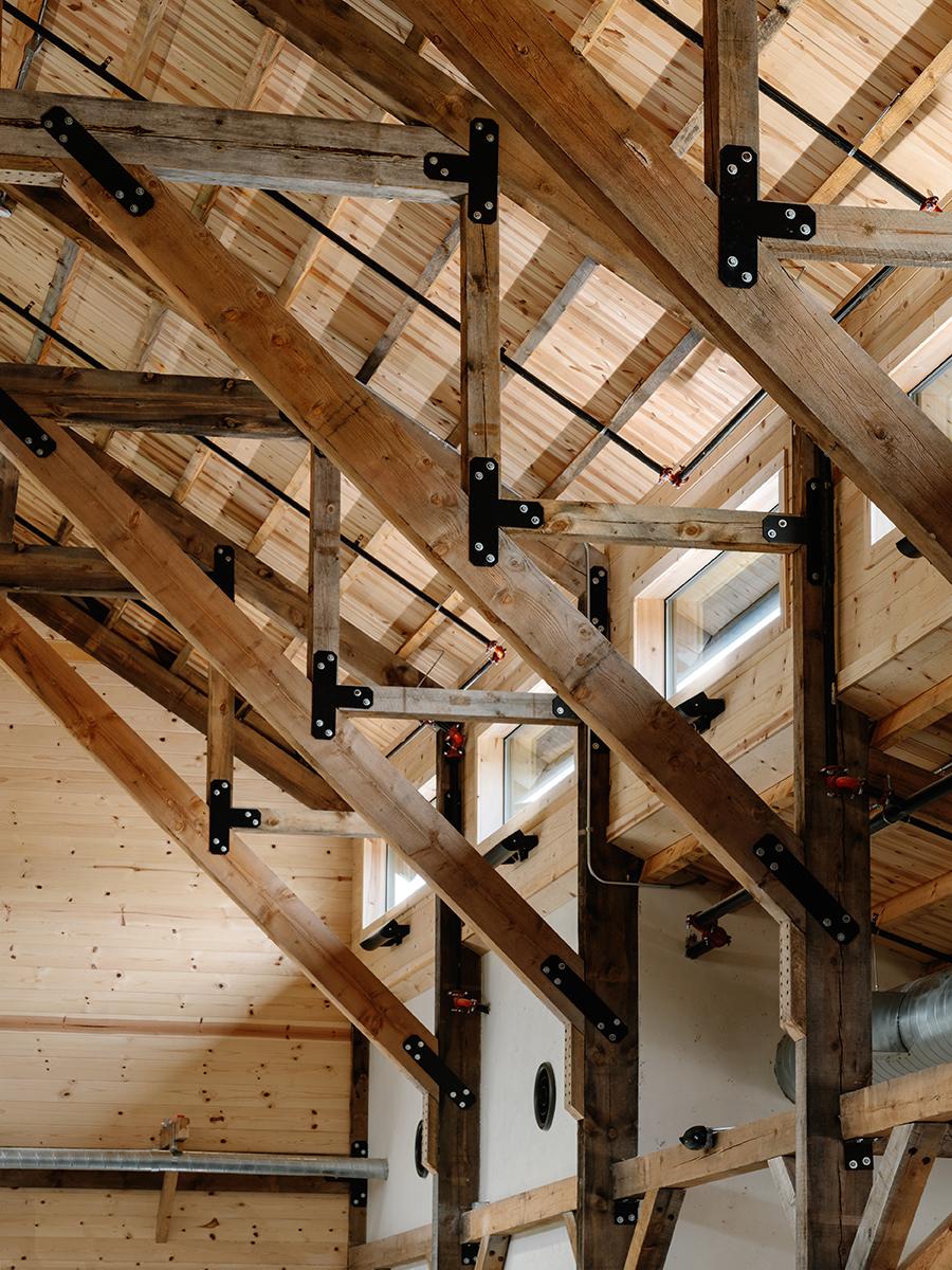Code Ranch Vertical Interior Detail