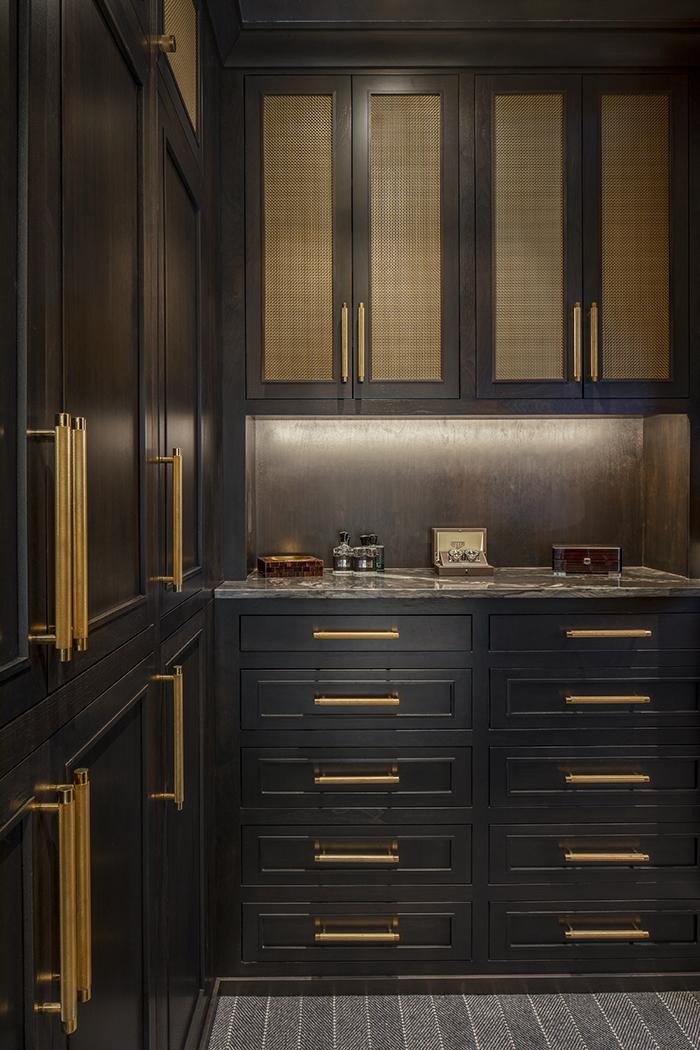 West Ridge Closet Cabinetry Detail