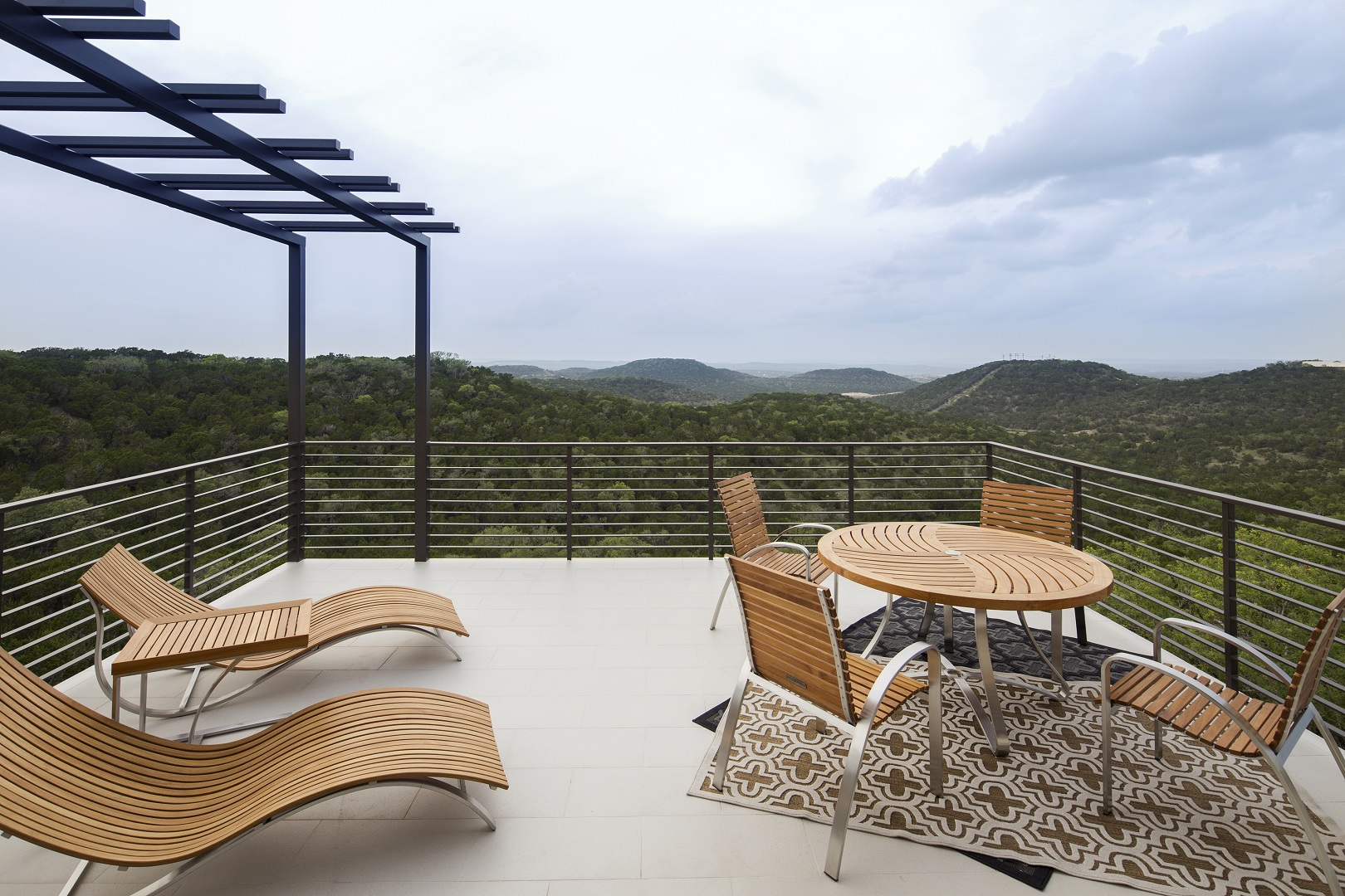 serene-hills-back deck