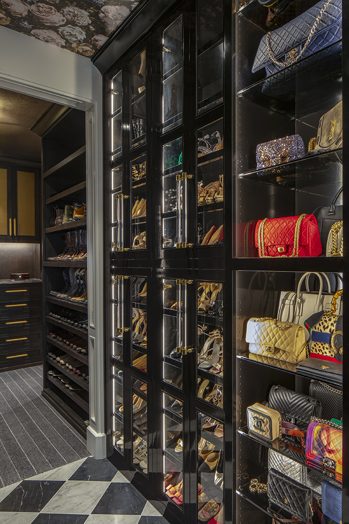 West Ridge Closet Handbag Display