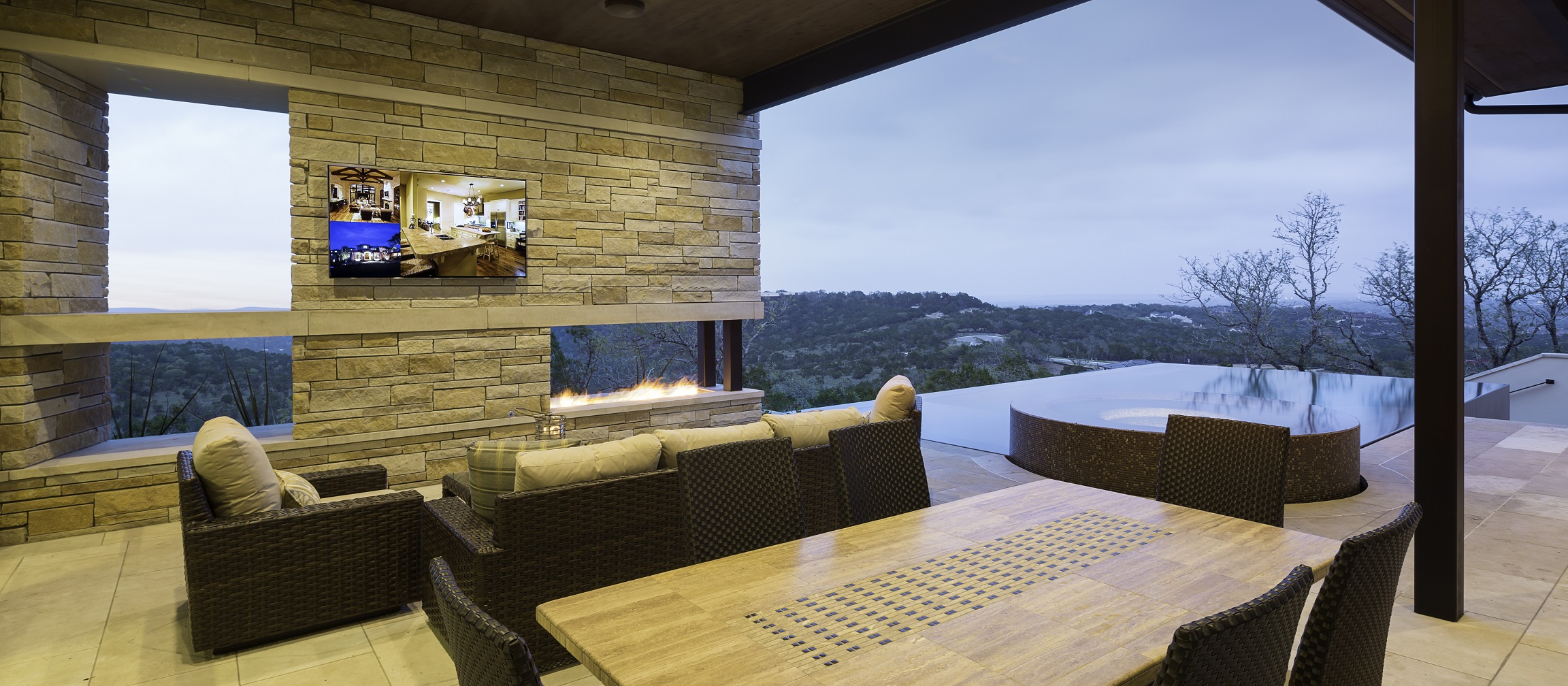 Duckhorn Residence - living room pool view