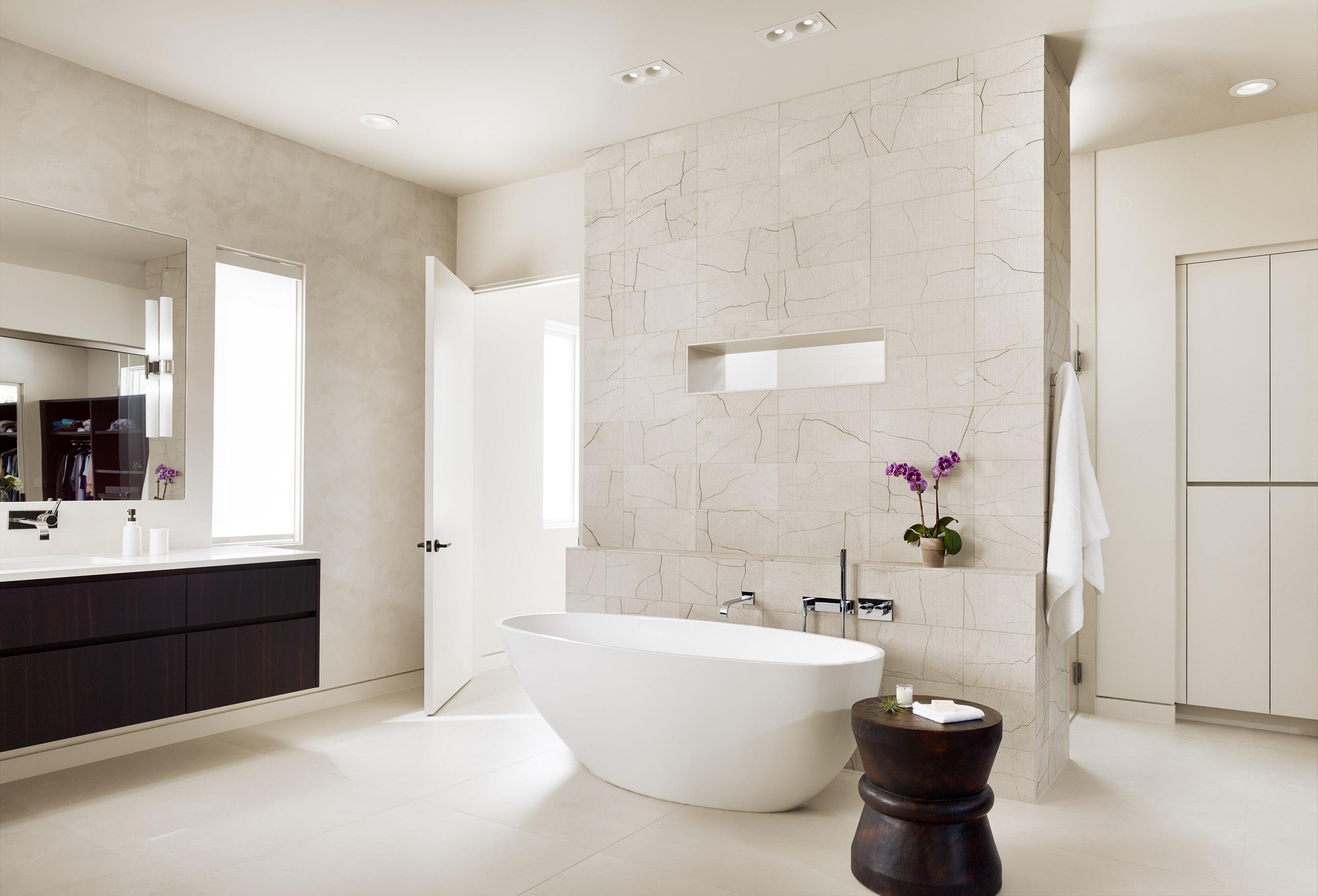 Rollingwood residence - master bathroom