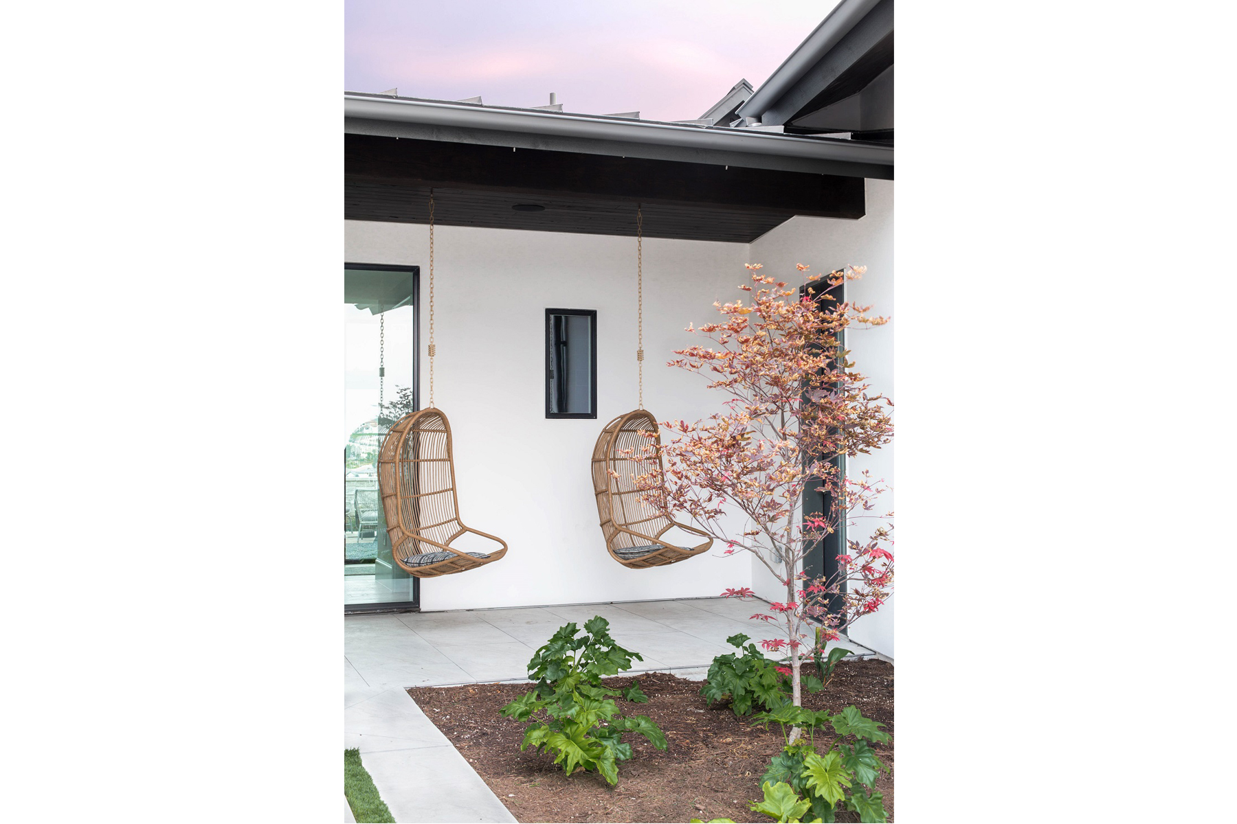 Peninsula Residence - swing chairs