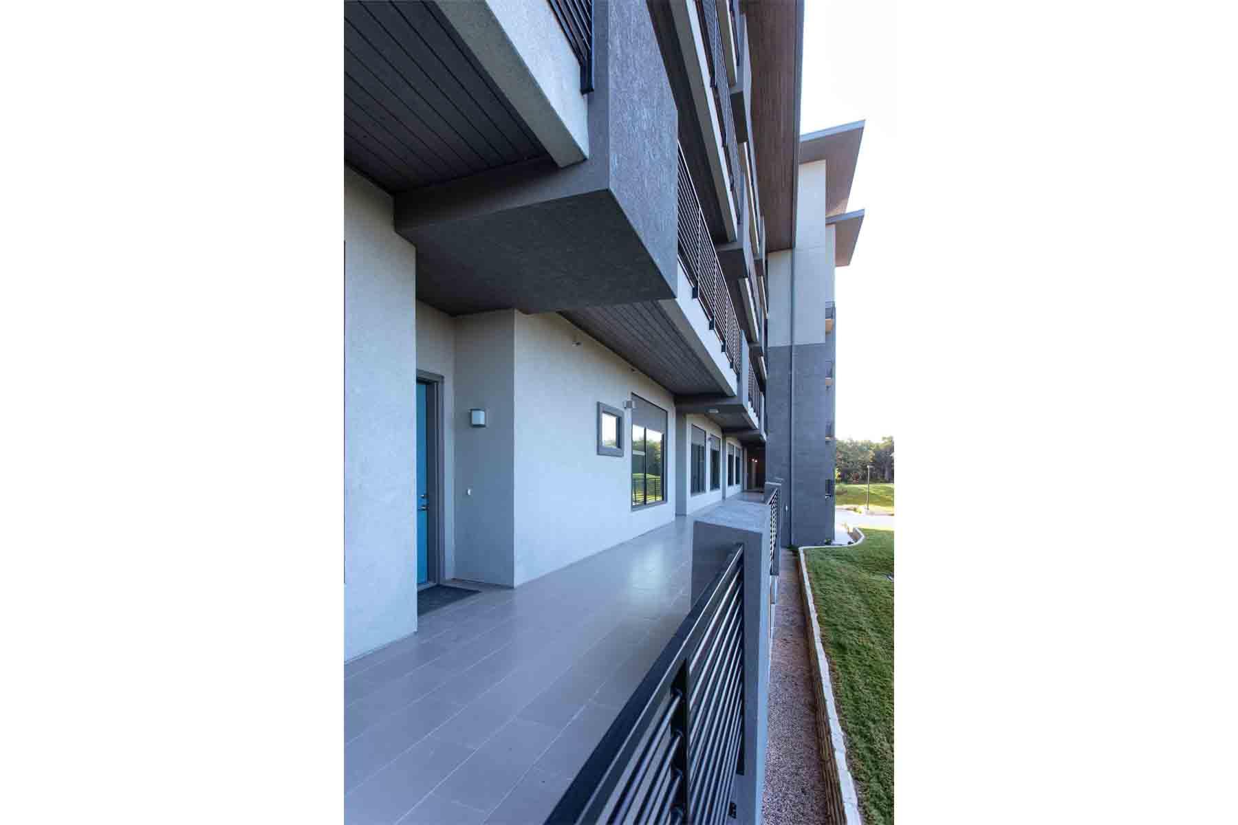 waterfall-condominiums-exterior1