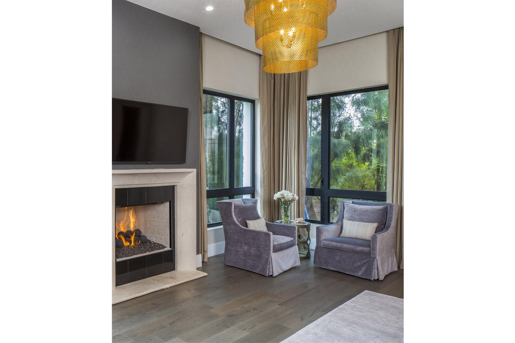 Coffee Residence - fireplace
