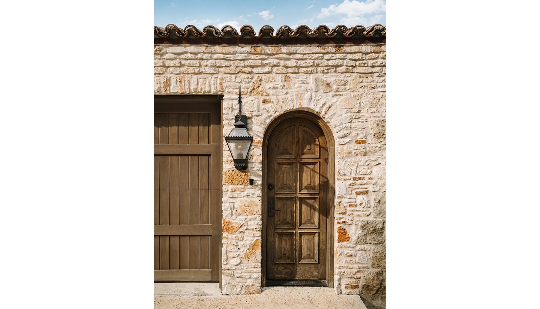 Island Knoll Tuscan Door