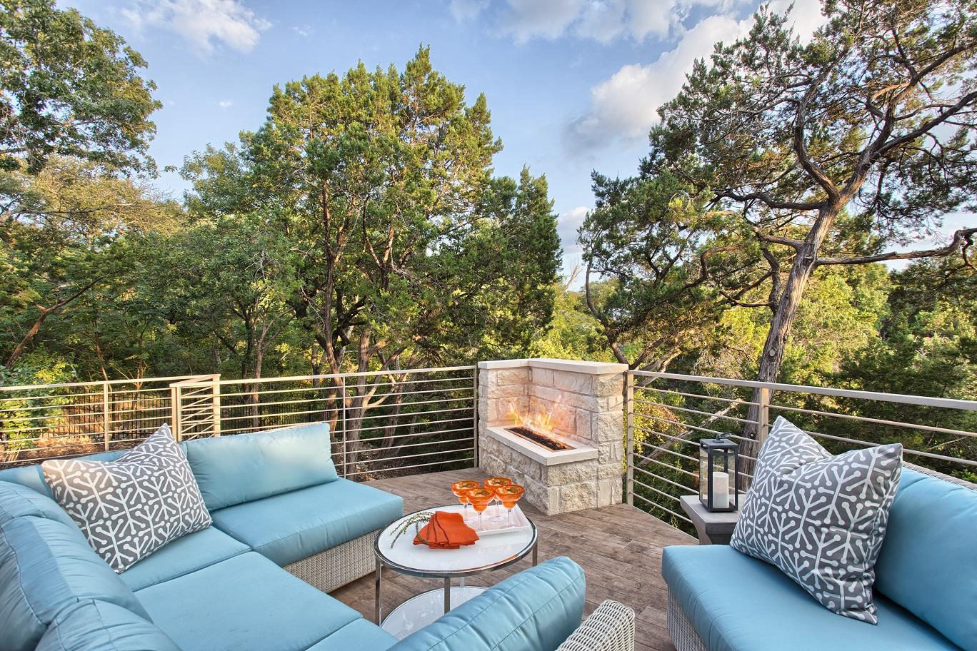 nine-oaks-patio