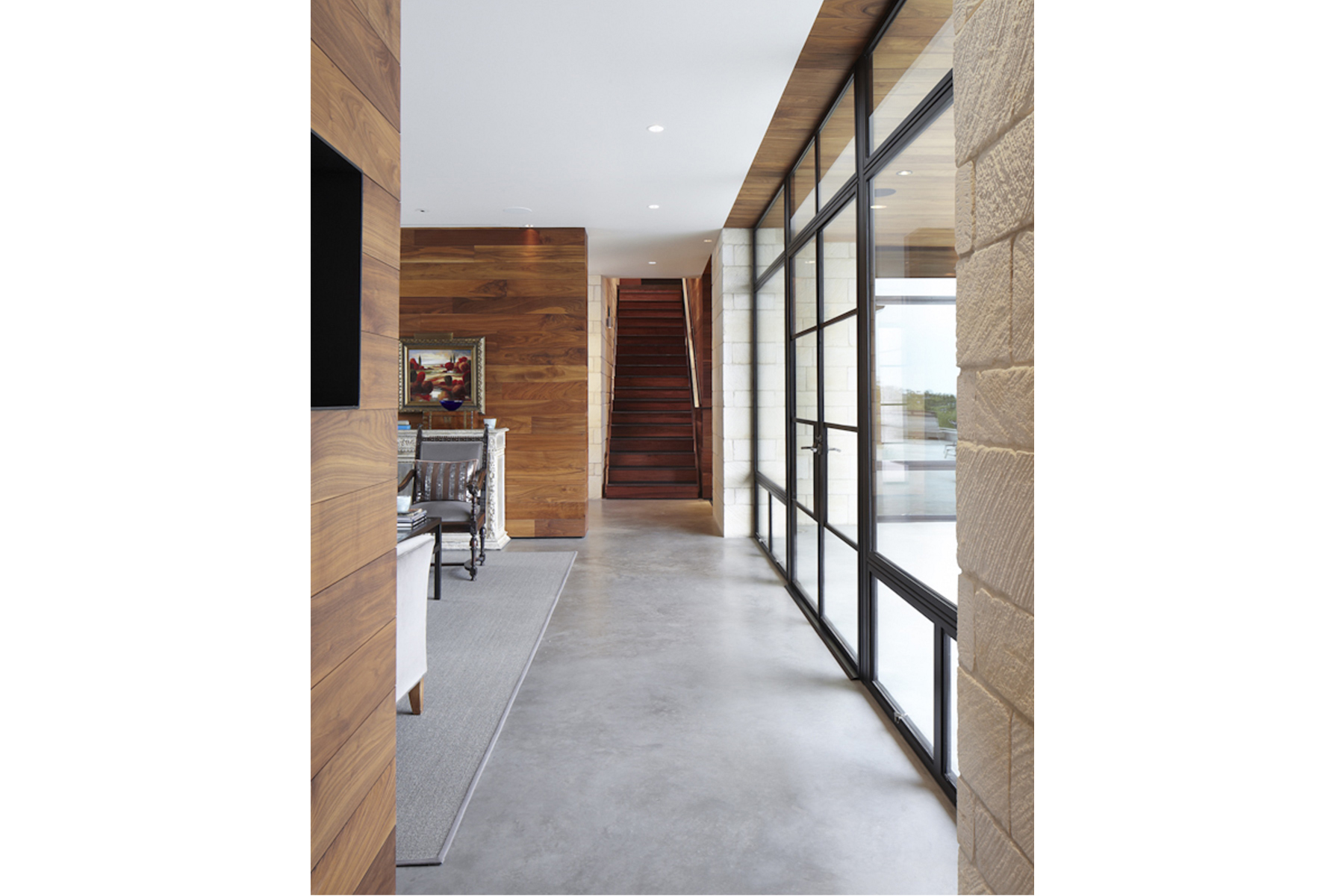 hill-country-residence-hallway1