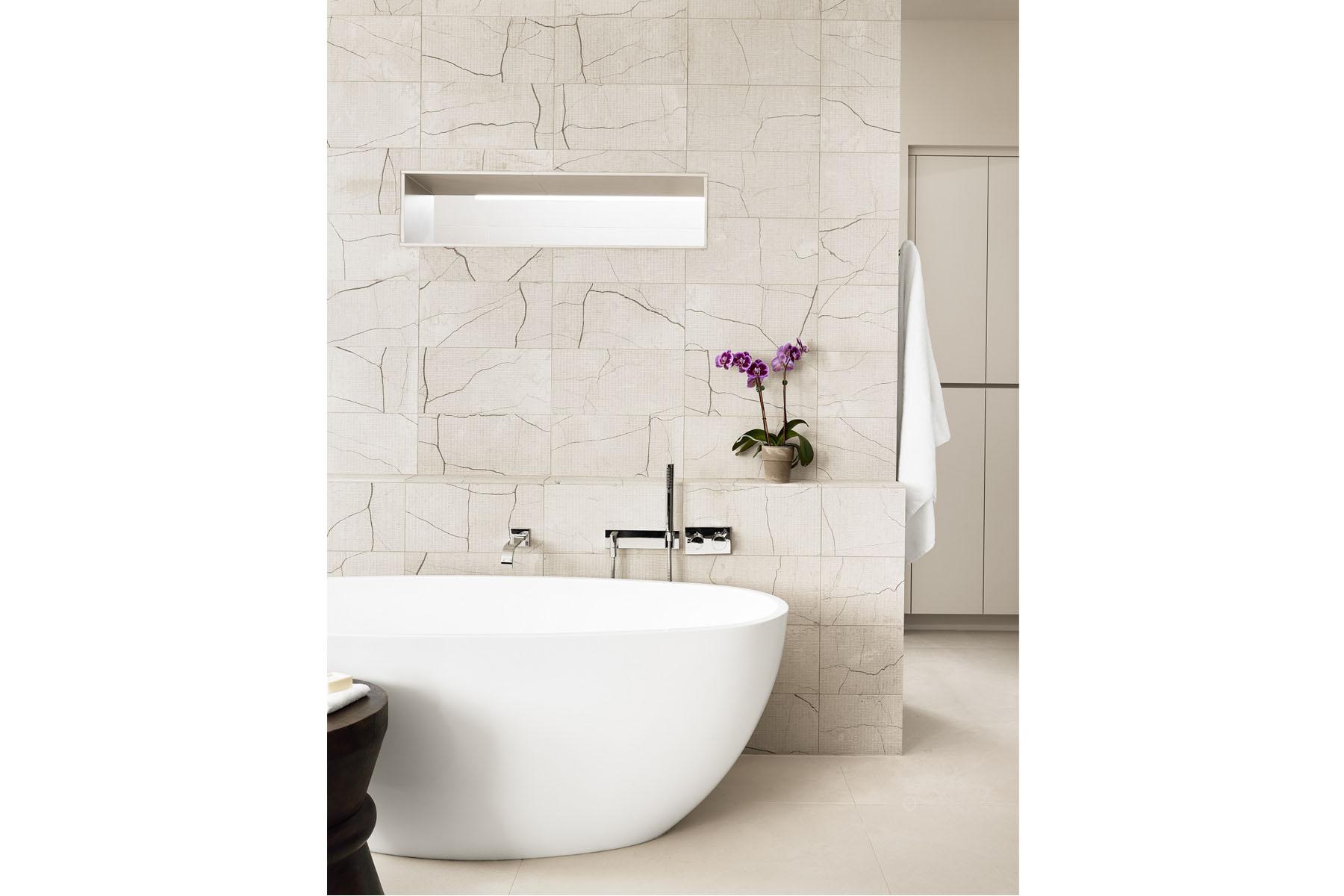 Rollingwood residence - master bath