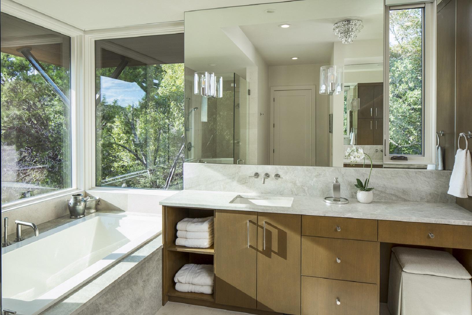 wild-basin-master-bath
