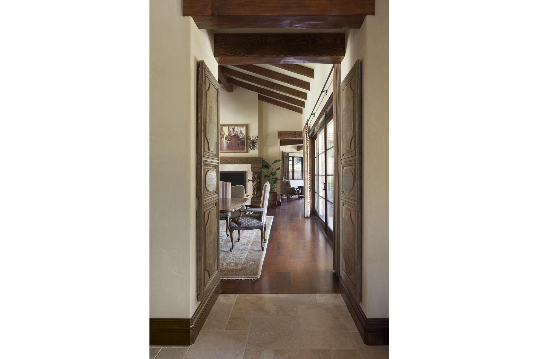 La Corte di Petra Living Hallway