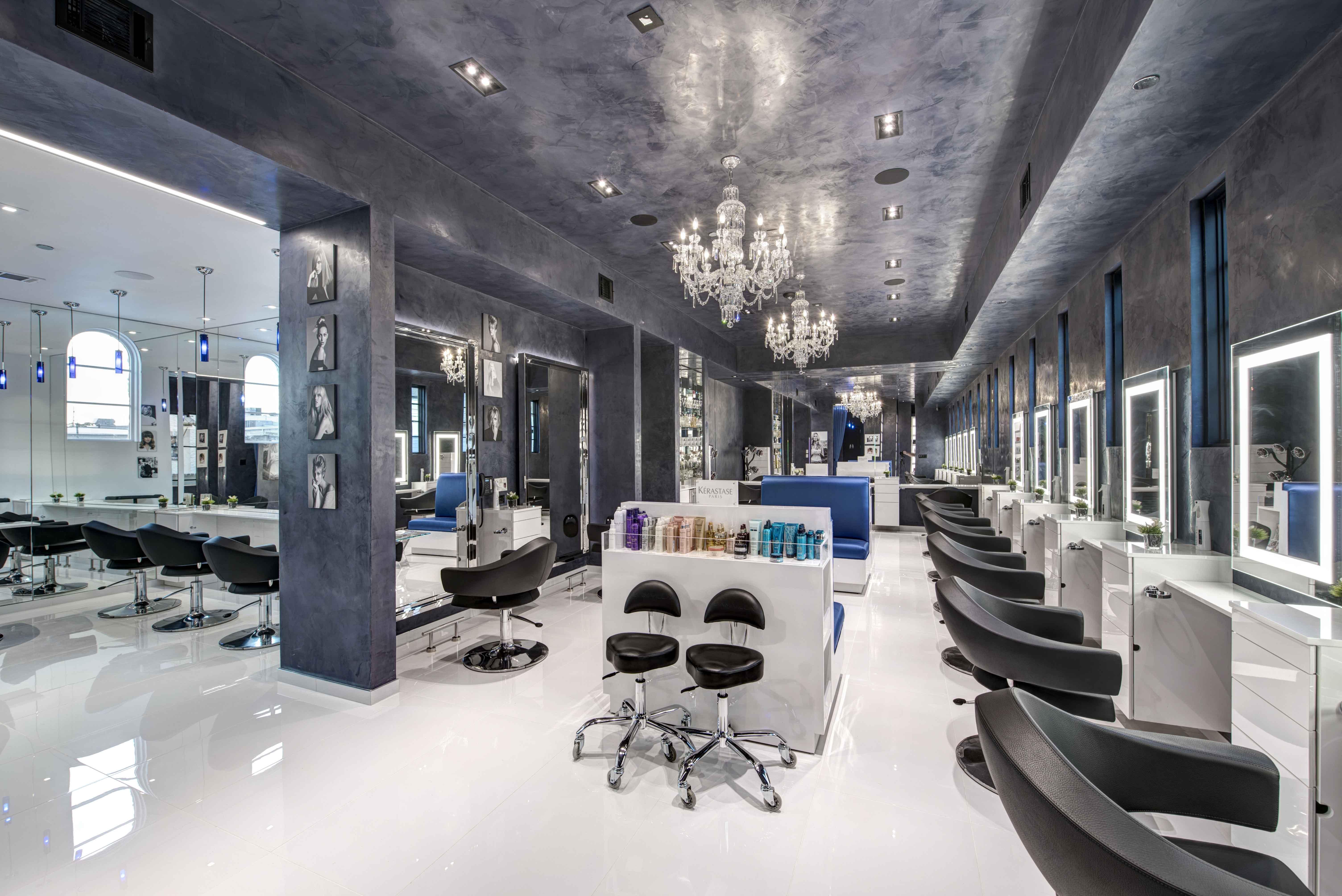 Attitudes Paris Salon Overall