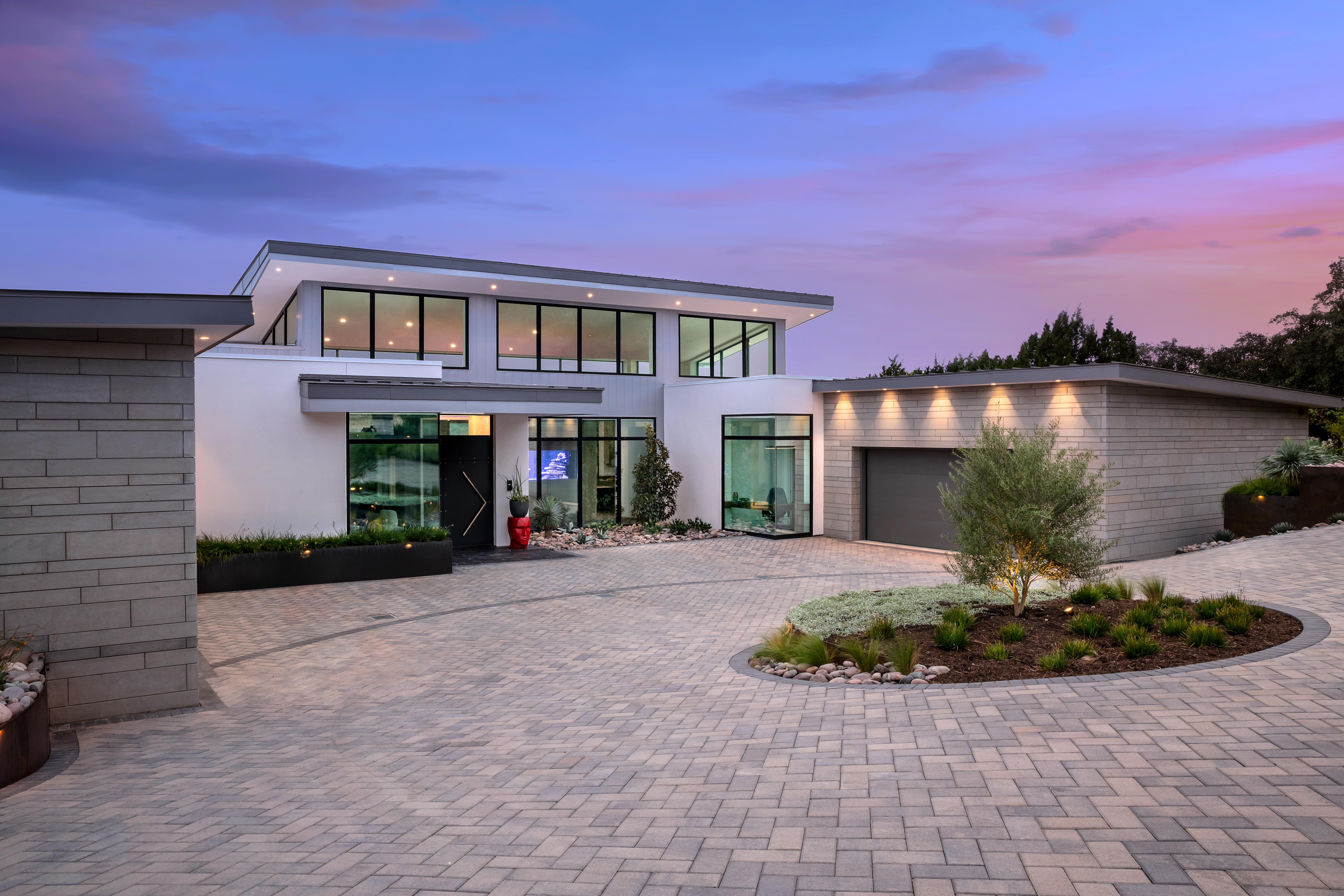 Blue Grass Twilight Front Exterior Angle