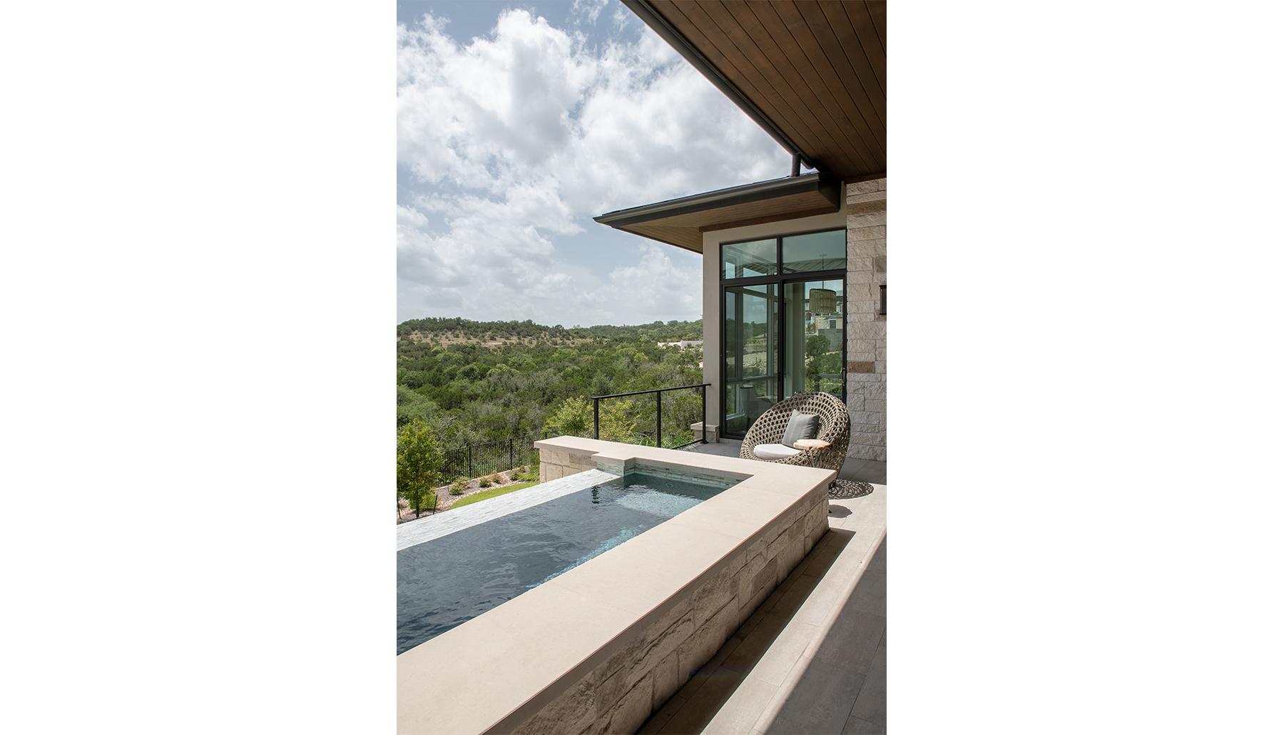 Amarra Pool