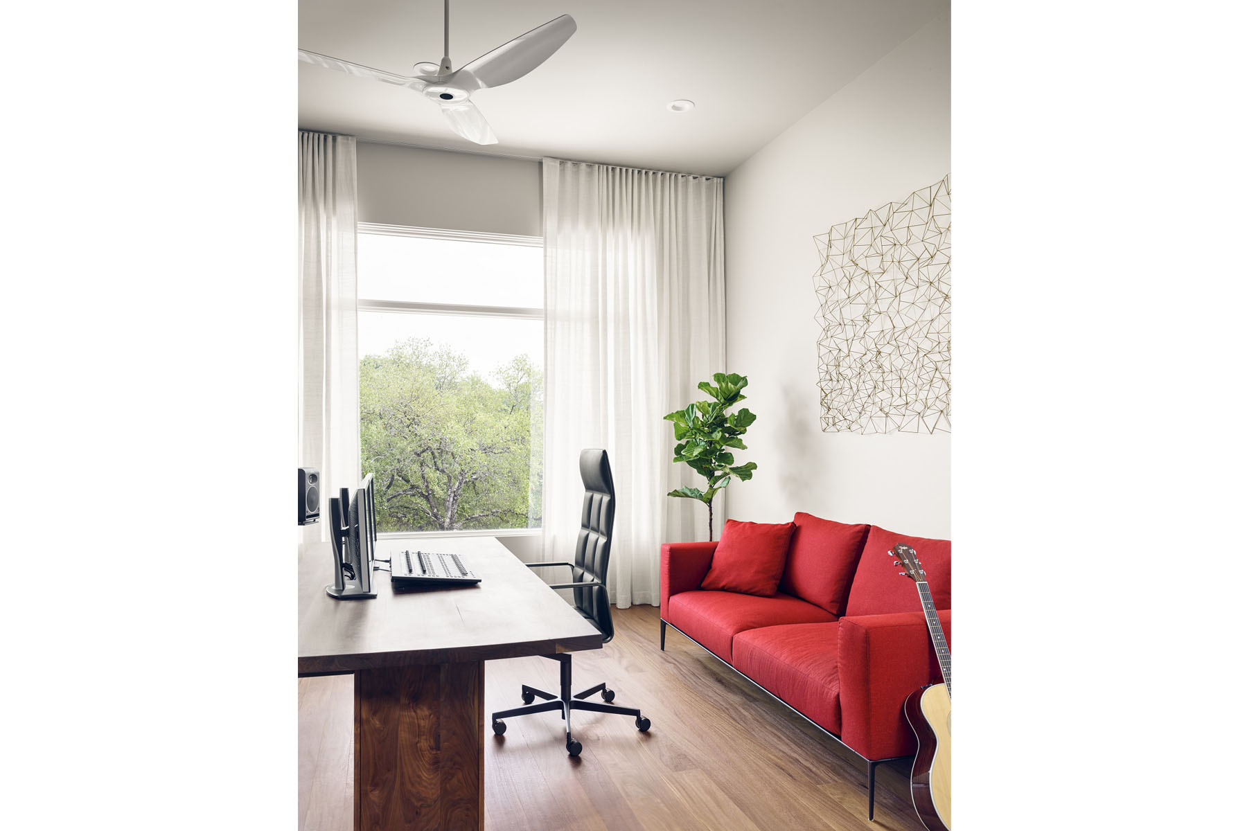 Rollingwood residence - office room